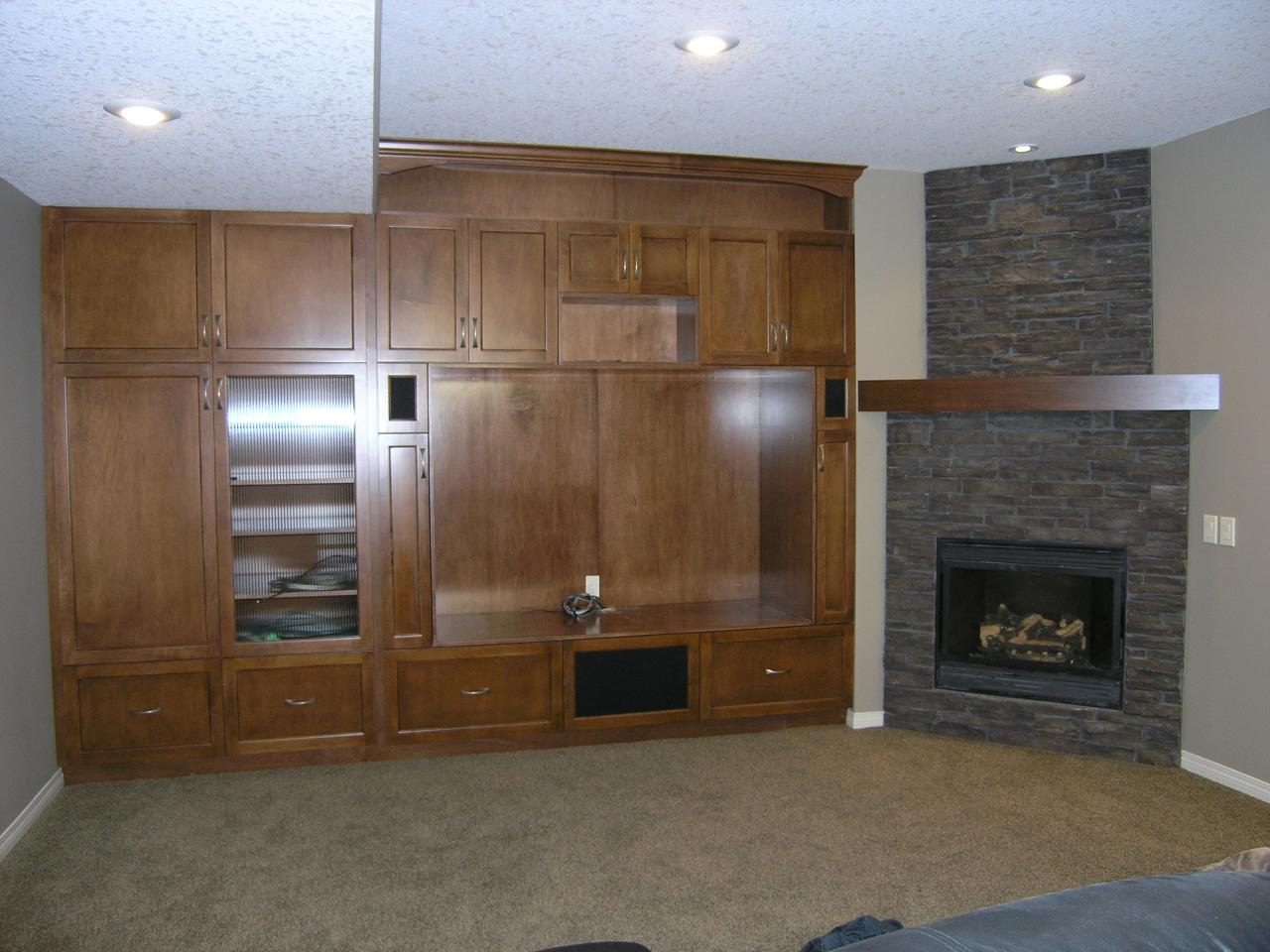 Kustom Specialty Interiors Ltd. - Wall Unit